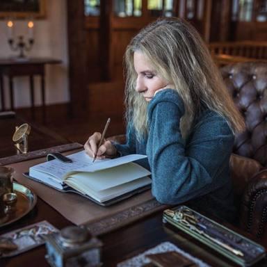 ¿Por qué ha tardado Barbra Streisand en contestar una carta de un fan famoso 47 años?