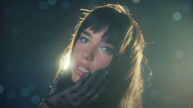 """Dua Lipa viaja de nuevo a las estrellas con """"Levitating"""": nueva versión y espectacular videoclip"""