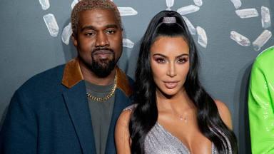 Kenye West y Kim Kardashian en un 'photocall'