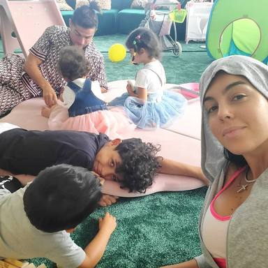 Así se divierten Cristiano Ronaldo y Georgina Rodriguez con sus hijos