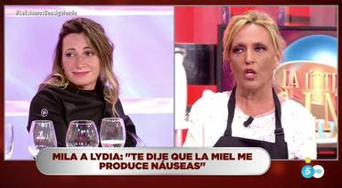 La última cena: Lydia Lozano borde con Begoña Rodrigo