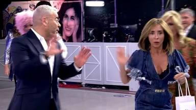 Jorge Javier no puede parar de reír tras el incidente de María Patiño en 'Sábado Deluxe'