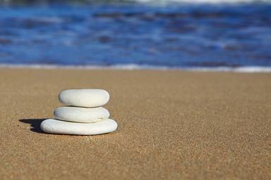 Per què és una mala idea fer muntanyetes amb pedres