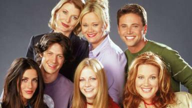 El reencuentro de los actores de 'Sabrina, cosas de brujas' despúes de más de 18 años