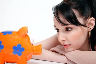 Els diners donen la felicitat més del que penses, segons un estudi
