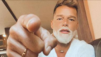 El contundente cambio de imagen con el que Ricky Martin ha rejuvenecido un par de décadas