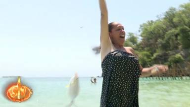 Isabel Pantoja, tras haber pescado el primer pez de Supervivientes 2019