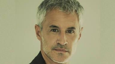 """Sergio Dalma estrena su nuevo álbum """"30 y tanto"""" y lo podemos escuchar aquí íntegramente"""