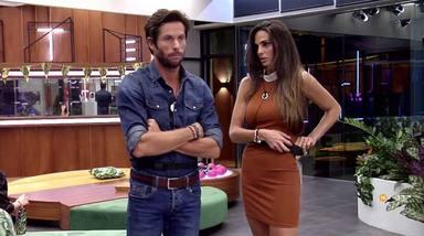 Canales Rivera y Cynthia Martínez en una imagen dentro de la casa de Secret Story