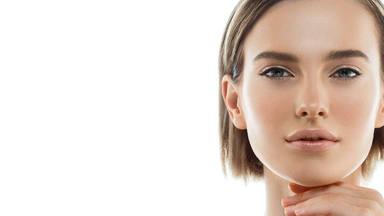 Los 5 trucos para tener una cara perfecta sin ningún producto nada más levantarte