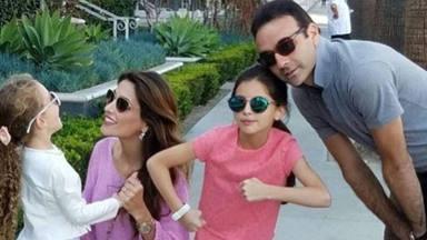 Enrique Ponce y Paloma Cuevas hijas