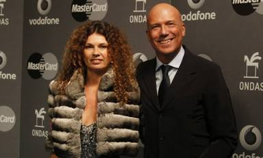 Alfonso Arús y Angie Cárdenas