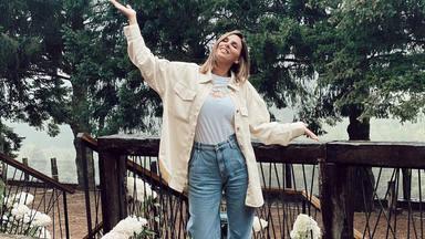 Irene Rosales copia el look rosa de Rocío Carrasco y las redes sociales enloquecen
