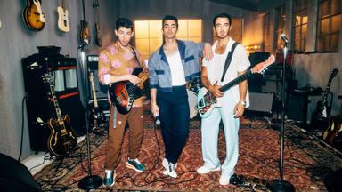 Jonas Brothers estrenan 'Who's In Your Head' la canción que han ido revelando en sus conciertos