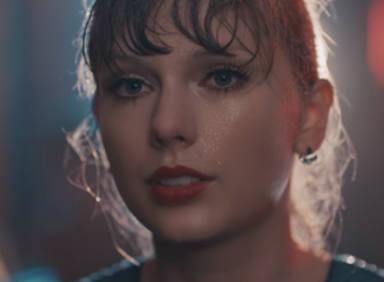 """Taylor Swift, videoclip de """"Delicate"""""""
