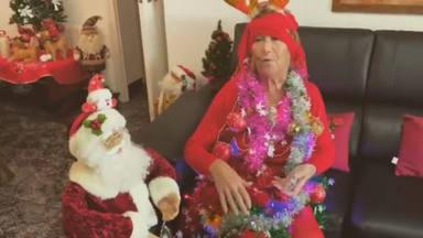 Felicitación Navidad Carmen Ferrón madre Antonio Orozco