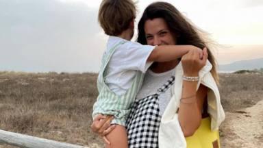 Laura Matamoros con su hijo Matías