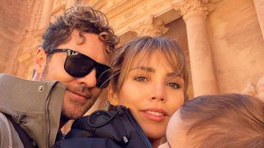 David Bisbal se escapa a Jordania con Rosanna Zanetti y el pequeño Matteo