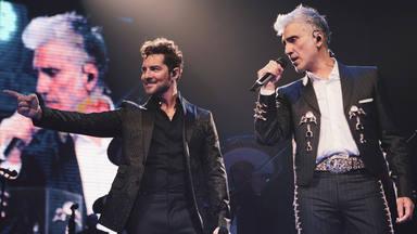 David Bisbal actúa por sopresa en un concierto de Alejandro Fernández en México