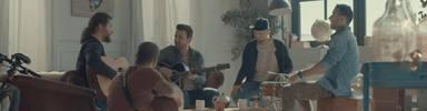 FunambulistayEfecto pasillo juntos en un videoclip