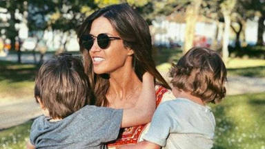 La divertida foto de Sara Carbonero que representa a las madres en la 'vuelta al cole' de sus hijos