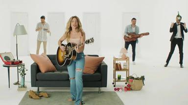 """Miriam Rodríguez estrena su videoclip más divertido hasta la fecha: """"No Vuelvas"""" con Dani Martínez"""