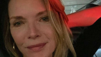 Michelle Pfeiffer comparte con todos sus seguidores una foto inédita de su ella y su hija
