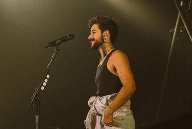 Camilo vive una noche mágica en Bilbao con Fito acompañándole sobre el escenario