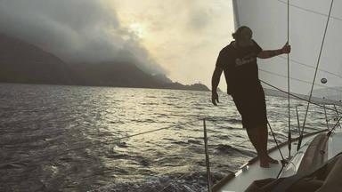 Antonio Orozco capitán de barco para cumplir el sueño de surcar 2600 km de travesía