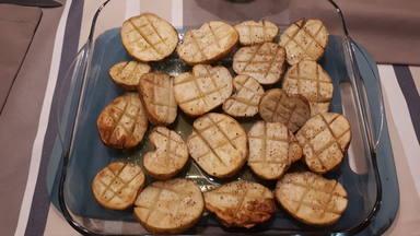 Patatas asadas al horno con poco aceite
