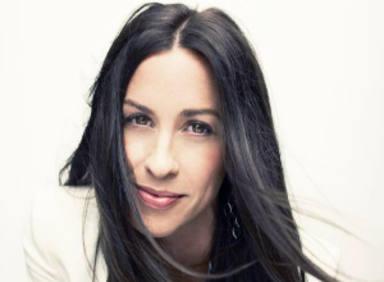 Condenado a prisión el exmánager que robó a Alanis Morissette