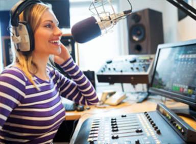 Inscríbete ya en el Curso especialista en radio musical y locuciónde la Fundación COPE