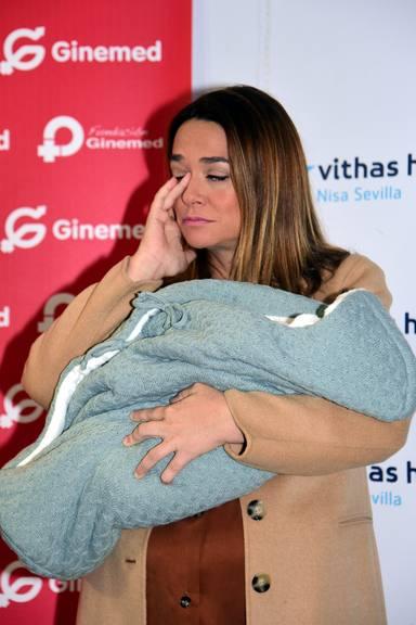 Toñi Moreno presenta a su hija Lola
