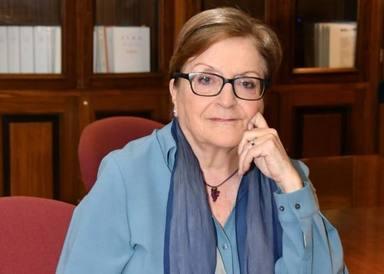 Elisa Pérez, primera mujer que dirigió una universidad en España: Era i