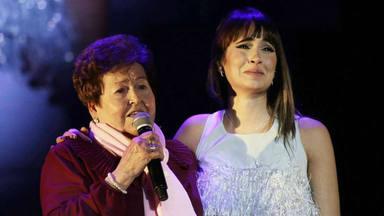 La colaboración más especial que ha hecho Aitana en un concierto: su tía abuela Anita conquista Granada