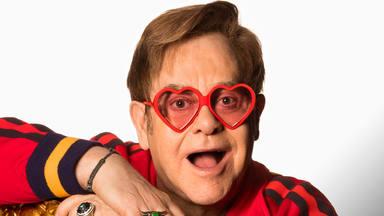 Casi una veintena de artistas en el nuevo proyecto de Elton John: Dua Lipa, Stevie Wonder y Miley Cyrus