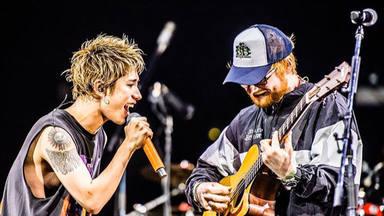 Ed Sheeran se sube de nuevo al escenario en Tokio con el cuarteto ONE OK ROCK