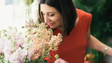 ¡Felicidades Mari Carmen! Tenemos 5 canciones para ti en el día de tu onomástica