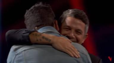 Pablo López confiesa que se siente pequeño al lado de Alejandro Sanz