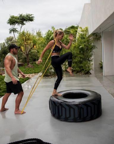 La dura rutina de ejercicios que sigue Elsa Pataky