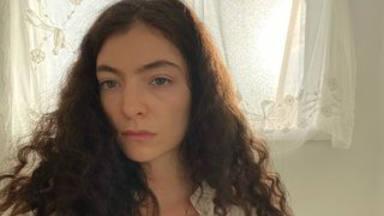 'Moon ring' marca el lanzamiento del tercer y esperadísimo álbum de Lorde