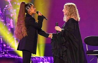 Ariana Grande y Barbra Streisand