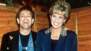 Elton Jonh recuerda a Lady Di