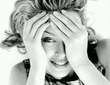 "Kylie Minogue cumple ""50""."