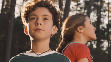 """Manuel Carrasco y dos niños para el vídeo oficial de """"Qué bonito es querer"""""""