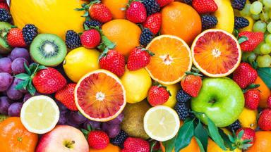 Así es la mejor forma de comer fruta: ¿con o sin piel?
