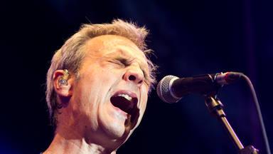 Hombres G actuó en Zaragoza presentando su nuevo álbum y las canciones que han marcado toda su trayectoria