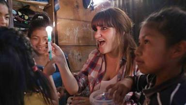 Rozalén comparte cómo fue su emotivo viaje a Guatemala para apoyar el proyecto 'La luz de las niñas'
