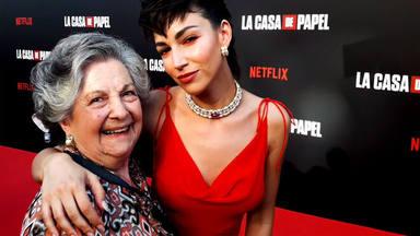 Úrsula Corberó con Guadalupe Fiñana en la 'premiere' de 'La casa de papel 3'