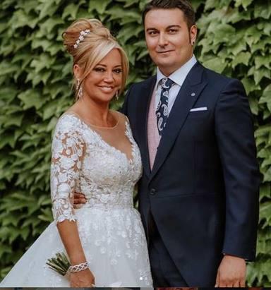 Belén Esteban celebra su primera aniversario de boda con Miguel